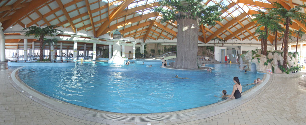 holiday cottages with an indoor swimming pool