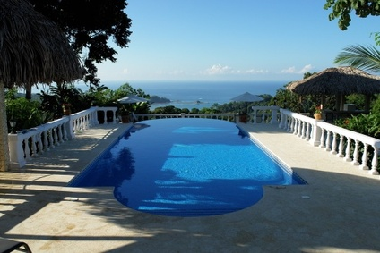 Holiday villa rentals in Spain with a swimming pool