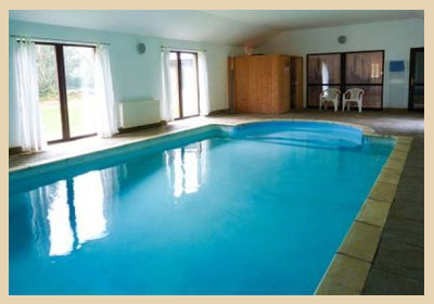 Scottish holiday cottages with a pool